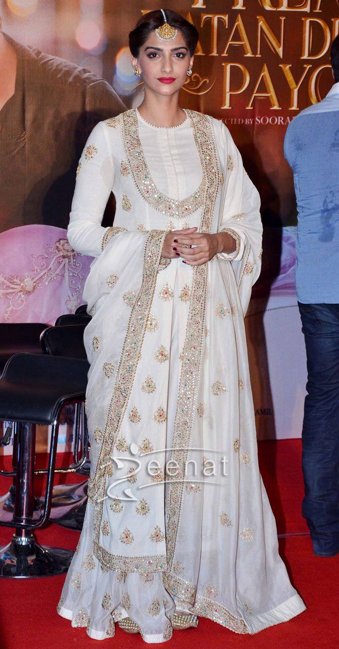 Black Pakistani Wedding Dresses Sonam Kapoor And Salma...