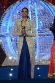 Deepika Padukone Umand Police Show In Anamika Khanna3