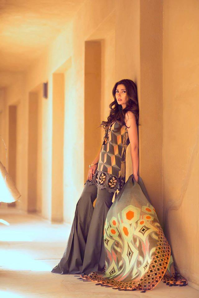 Al-Furat 7B – Feeha Jamshed Lawn Collection 2016 – Mahira Khan