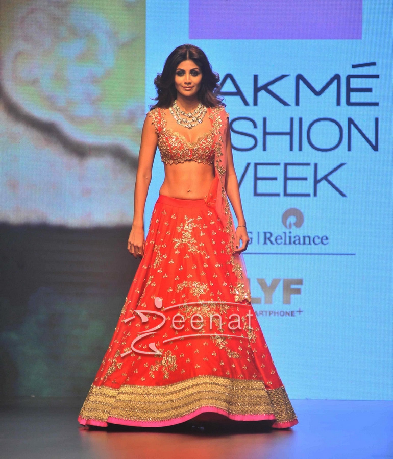 Shilpa Shetty at Lakme Fashion Week 2016