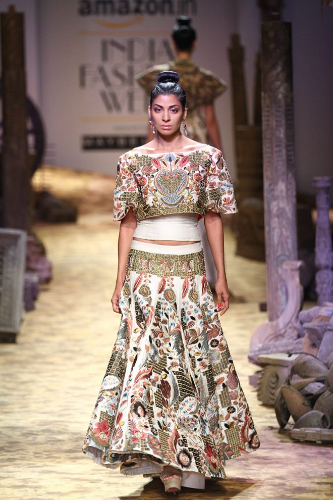 Samant Chauhan's Rajputana at Amazon India Fashion Week 2017 – AIFWSS17