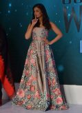 Aishwarya Rai In Manish Malhotra at Outlook Business Women Awards