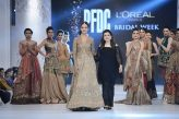 Farah and Fatima Shahnoor Collection at PLBW16