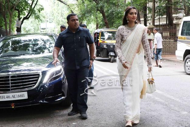 Sonam Kapoor In Anavila Saree