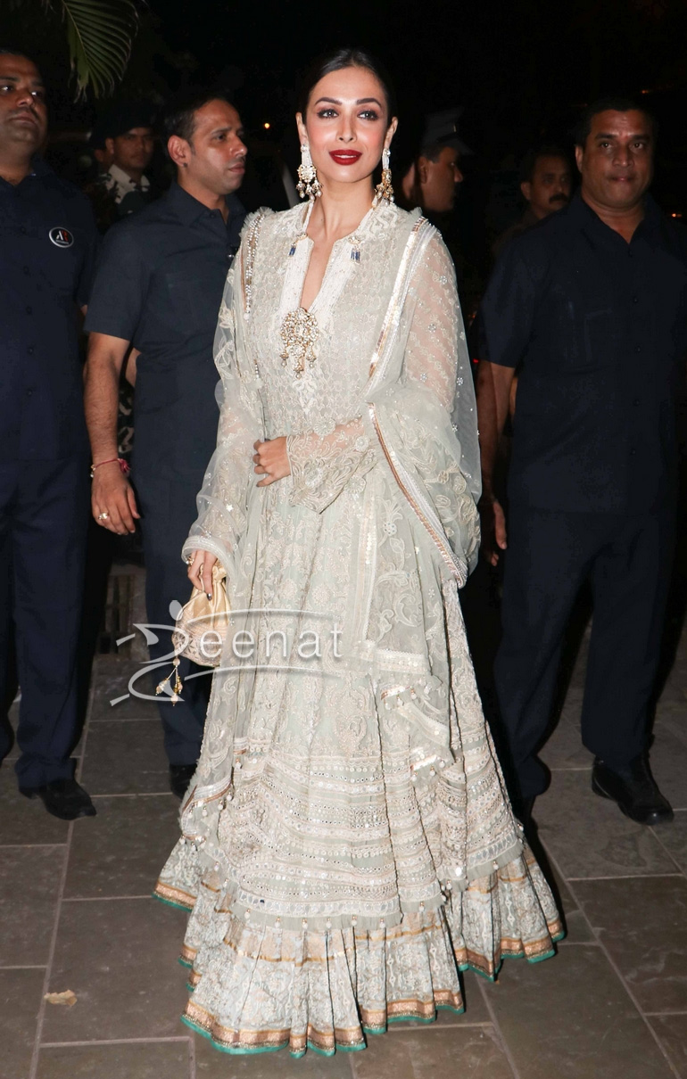 Malaika Arora Khan in Tarun Tahiliani Outfit