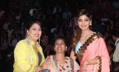 "Shilpa Shetty Promotes ""Dear Zindagi"" on the sets of Super Dancers"