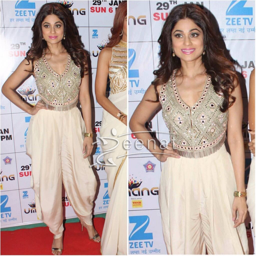 Shamita Shetty In Arpita Mehta Tulip Pants at Umang 2017