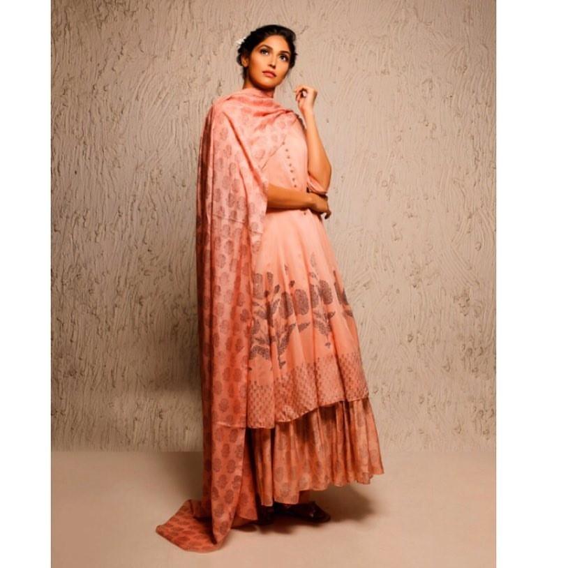 Aditi Rao Hydari in Myoho Pink Anarkali