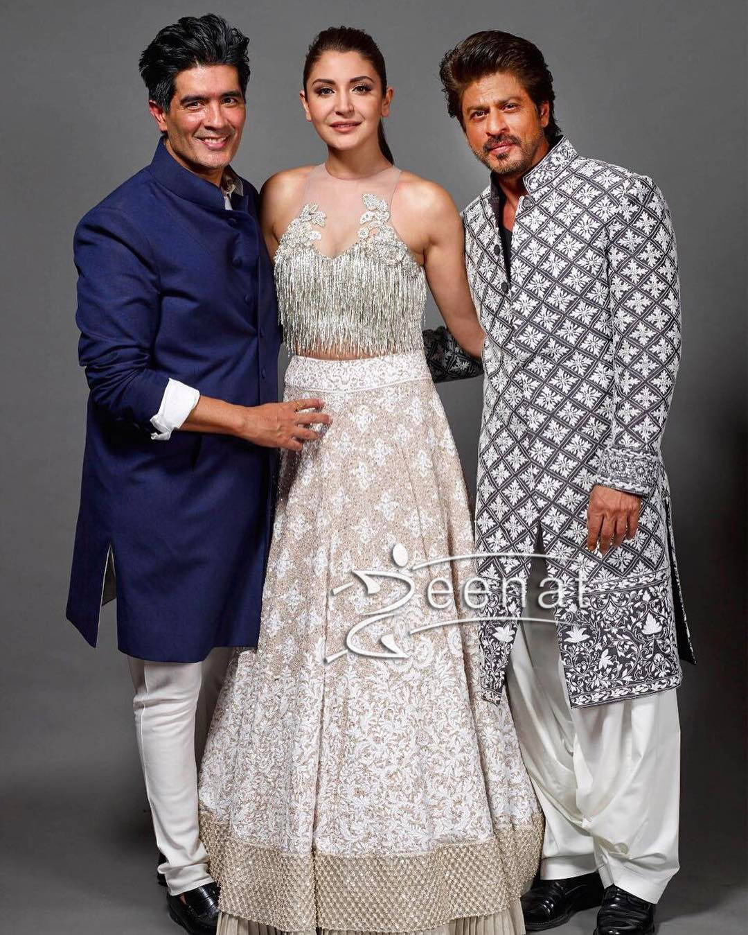 Shahrukh Khan and Anushka Sharma at Mijwan Summer 2017 Couture Show