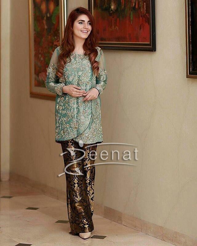 Momina Mustehsan in Saira Shakira's Luxury Formal Dress
