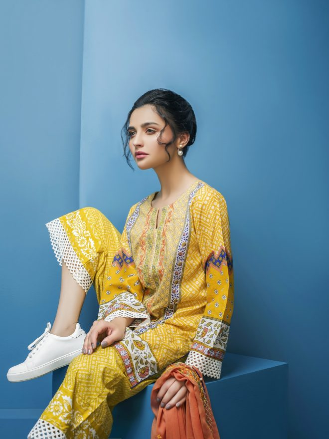 Arisha Chowdary Summer Lawn Collection 2018 (17)