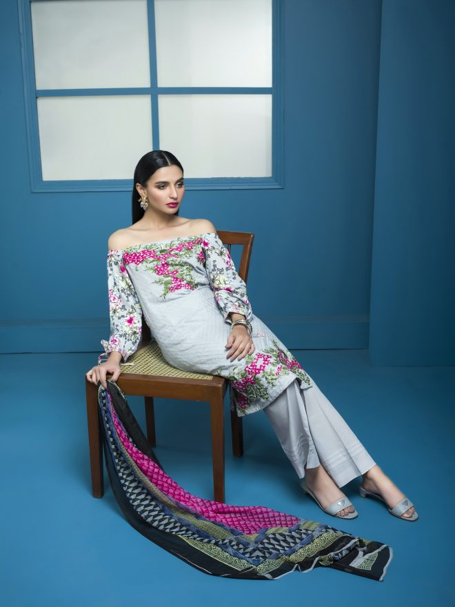 Arisha Chowdary Summer Lawn Collection 2018 (38)