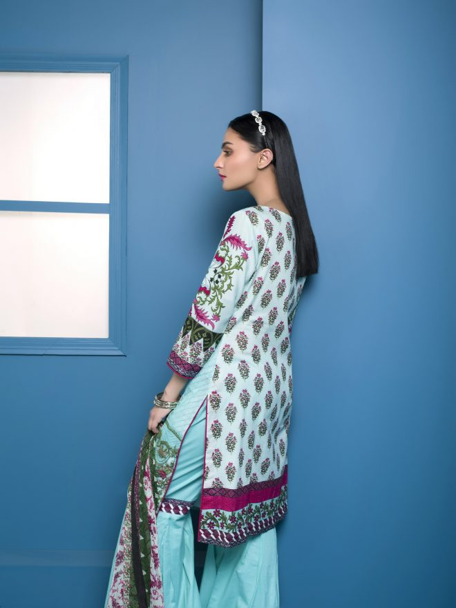 Arisha Chowdary Summer Lawn Collection 2018 (51)