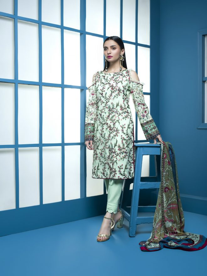 Arisha Chowdary Summer Lawn Collection 2018 (53)